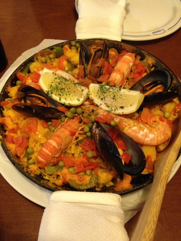 First-time paella dinner for me!  Shared with new Camino-friend Julie, from Park City, UT.  We re-met at mass and then went to dinner together - very fun experience!